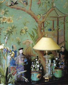 爱 Chinoiserie? Mais Qui! 爱 home decor in Chinese Chippendale style - Chinoiserie vignette