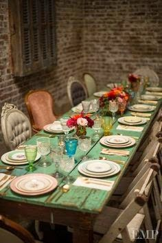 Vintage Farmhouse: Tables & Chairs