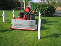 What are the Rotadairon Overseeders?  CR 140 & CR 200 have been especially designed for care and renovation of turfed areas (parks, resort and estate areas) and sports grounds (football pitches, golf courses).