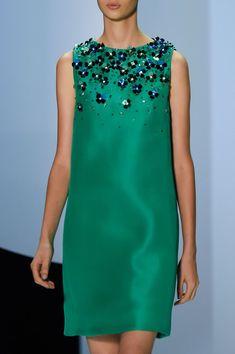 Monique Lhuillier at New York Fashion Week Spring 2016 - Monique Lhuillier at New York Spring 2016 (Details) - Elegant Dresses, Pretty Dresses, Casual Dresses, Fashion Dresses, Classy Dress, Classy Outfits, Beautiful Outfits, Casual Outfits, Fashion Week