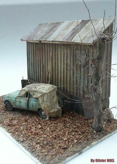 By: Olivier Noel From: Abandoned miniatures Plastic Model Kits, Plastic Models, Train Miniature, Weather Models, Model Train Layouts, Art Model, Miniture Things, Small World, Model Trains