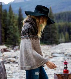 This @americaneagle poncho is a great holiday gift for any teen, and under $100!