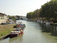 Canal du Midi, Castelnaudary.  #canal #midi #castelnaudary #france #landscape #boats