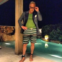 look of the night... #GV #GVlifestyle #GVrules #likeit #me #shortpants #tuxedo #green #instagood #instamood #iphonesia #instadaily #iphoneonly #instgramhub #instagramers #love #picoftheday #photooftheday #sun #sky #summer #enjoy