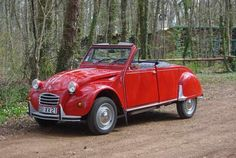 RL 2CV cabriolet rouge