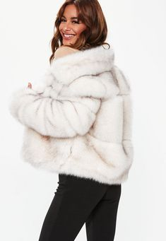 Shop coats & jackets right here at Missguided and prepare to look hot when the weather's not. With great prices available, there's no better place to shop. Black Girl Fashion, Fur Fashion, Fashion Outfits, Winter Fashion, White Faux Fur Jacket, Women's Coats, Jackets Online, Clothes, Beautiful People