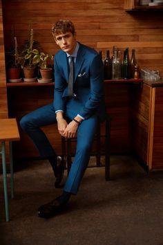 Tailored Fit Green Linen Suit Mens Fashion Suits, Mens Suits, Moss Bros, Denim Shirt Men, Flannel Jacket, Linen Suit, Oxford White, Business Shirts, Linen Jackets
