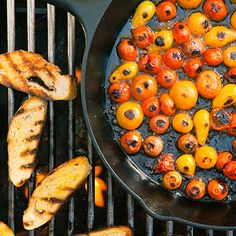 BBQ ideas and times! Will be making this on the bbq this summer with fresh tomatoes! Grilling Recipes, Vegetable Recipes, Wine Recipes, Grilling Ideas, Bbq Ideas, Party Ideas, Recipes Dinner, Outdoor Grilling, Grilled Fruit