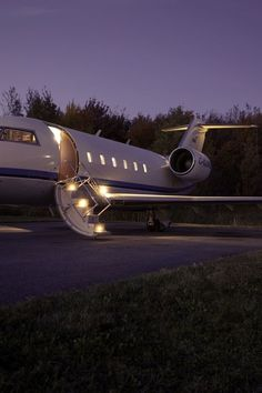 | Private Jet |