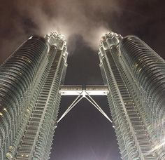Petronas Twin Towers at Kuala Lumpur - Life 360 degreesLife 360 degrees