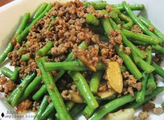 Anna Dumplings: Snake Beans with pork mince and dried shrimp  My variation to this is that I do not use dried shrimps and my sauce base is just soy sauce, sugar and salt. I also cook the beans till it is really soft enough to be cut through.