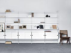 Combo Design is officieel dealer van String ✓String modulaire wandkast makkelijk te bestellen ✓ Verschillende varianten verkrijgbaar ✓ Gratis montage ✓ Gratis verzending (NL) ✓