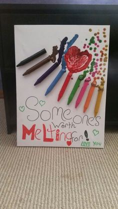 Got creative and tryed a go at one of those crayon art thingys :p