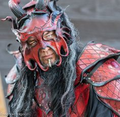 Red Dragon armor, Texas renaissance festival, www.michaelfalgoust.com