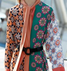 PRINTS, PATTERNS, TEXTURES, DETAILS FROM LONDON CATWALKS (WOMENSWEAR S/S 2016) /  Jonathan Saunders