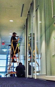 A Great install completed on the weekend for Port Metro. Here The Crew is just finishing up making sure the glass wall systems are spotless! For more information on glass wall systems please call: 1-604-987-0110.