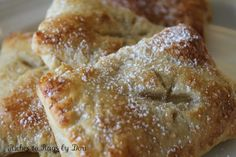 *Riches to Rags* by Dori: Apple Pastry Turnovers - So Easy - Looks yummy. Just Desserts, Delicious Desserts, Dessert Recipes, Yummy Food, Apple Desserts, Dessert Ideas, Dinner Recipes, Apple Recipes, Sweet Recipes