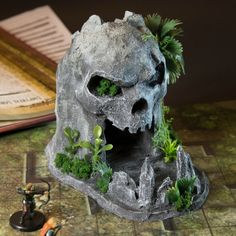 Pirate Skull Mountain Dice Tower w/Dice Tray/Dice Catch Tabletop Rpg, Tabletop Games, Styrofoam Art, Cute Pastel Wallpaper, Dice Tower, Dungeons And Dragons Dice, 3d Printed Objects, Fairy Crafts, Halloween Village
