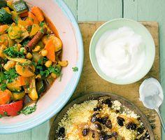 Recept: Couscous med grön kikärtsgryta och torkad frukt