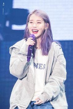 Korean Beauty Routine, Korean Beauty Girls, Korean Girl, Asian Girl, Korean Actresses, Actors & Actresses, Iu Hair, Kpop Hair, Stage