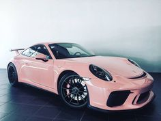 Pink 2018 Porsche 911 GT3 Is a Tribute to the Legendary 917/20 Racecar