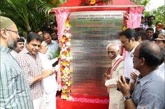 Inaugurated the Deccan Park at 7 Tombs along with Shri Mahmood Ali ji, Deputy CM and Shri Kalvakuntla Taraka Rama Rao - KTR ji. Press Information Bureau - PIB, Government of India TRS Party