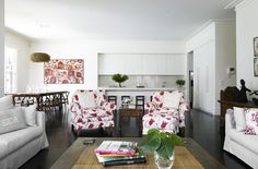 Armchairs in living room combined with kitchen Living Room Kitchen, Living Rooms, Furniture Placement, Interior Design Living Room, Living Room Furniture, Kitchen Design, Gallery Wall, Layout, Beautiful