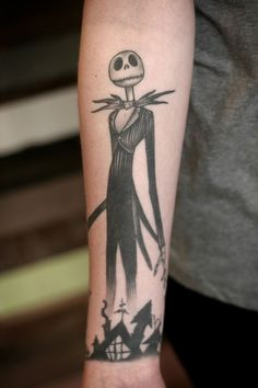More a nightmare before Christmas crossover with the Halloween tattoo design theme. This very simple design is enough to catch attention as the character is very well known and loved.