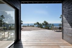Summer House on the unique rocky land on the Baltic Sea Island by Pluspuu Oy - CAANdesign Scandinavian Cabin, Stone Cabin, Summer Cabins, House By The Sea, Modern Cottage, Baltic Sea, Interior Exterior, Log Homes, House Design