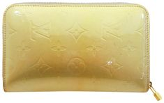 The Louis Vuitton Zippy Wallet Silver-green Zip Around 234756 Green Monogram Vernis Leather Clutch is a top 10 member favorite on Tradesy. Louis Vuitton Clutch, Secret Sale, Vintage Louis Vuitton, Leather Clutch, Closets, Monogram, Coding, Ship, Signs