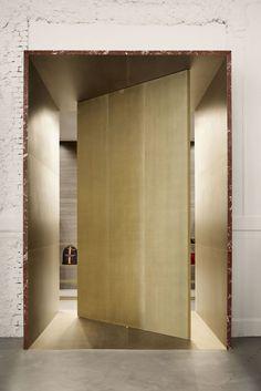 Milan Design Week 2019 Survival Kit & Our Updated Milan Travel Tips. Boutique Interior Design, Showroom Design, Luxury Store, Luxury Blog, Villa, Lounge, Milan Design, Retail Interior, Furniture Showroom