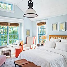 Cottage Style Bedroom Decorating Ideas - DesignerzCentral #designersliving