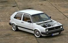 MK2 Golf GTI Custom Volkswagen Golf Mk1, Vw Mk1, Vw Cars, Race Cars, Classic Golf, Golf Mk2, Car In The World, Car Manufacturers, Dream Cars