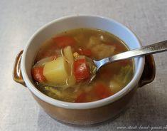 Rezept für Minestrone. Wärmende Suppe mit Gemüse, auch ideal für Kinder. Fondue, Chili, Soup, Cheese, Ethnic Recipes, Recipe, Winter Treats, Easy Meals, Chile
