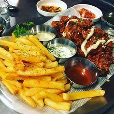 저 양념감자(?) 만 따로 팔면 좋을텐뎅 치킨은 너무 눅눅하고 별루 🐔 #리드콤#하나비#먹스타그램#주말스타그램#먹방#치킨#양념감자#instafood#instadaily#foodstagram#fatlife