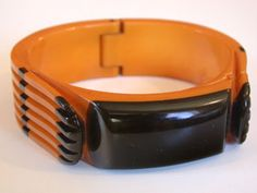 Very Rare Vintage Deco Cast-Carved Bakelite Hinged Bangle, 3/4 inch wide.   Excellent condition