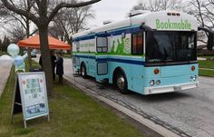 Bookmobile, Arlington Heights (Ill.) Memorial Library.