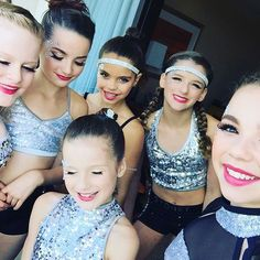So ready for our dance!!!! #flair @presshandstands @superhayley7 @sydnastical @arden_the_gymnast101 @mia.d05 @candcdanceco @perfectlypaigique @travelinghandstands ♥️