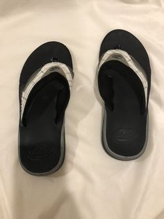 ed80dd3db Used Mens Reef Fanning Sandal Bottle Opener Size 9 White Gray Black   fashion  clothing