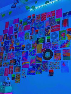 Indie Bedroom, Indie Room Decor, Cute Bedroom Decor, Room Ideas Bedroom, Bedroom Inspo, Chambre Indie, Chill Room, Neon Room, Cute Room Ideas