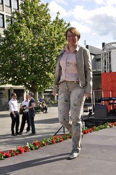 Wer sich in seiner Kleidung wohlfühlt, strahlt das auch aus. Dann fällt auch der Gang über einen Laufsteg überhaupt nicht schwer. #stilberatung #Styling #Reutlingen #stilberaterin