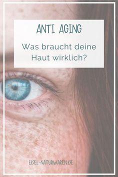 Grundsätzlich solltet du deine Hautpflege immer an dein Lebensalter anpassen, denn mit 30 hat deine Haut noch andere Bedürfnisse als mit 40 oder 50. Welche Wirkstoffe deiner Haut in welchem Alter besonders gut tun, stelle ich dir in meinem Blog vor.  Falten reduzieren | Hautbild verbessern | Hautbild verfeinern | Hautbild verbessern Gesicht | Erschlaffen der Haut | Nährstoffe Haut | Alterungsprozess stoppen | Anti Aging | Anti Aging Creme | Anti Aging Tipps  Feuchtigkeit Haut #sichgutestun