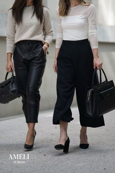 We love these classy black-and-white looks, accompanied with our CENTRAL and VIADUKT in black. The perfect minimal office outfits! Did you know that our handbags can be worn many different ways? Discover them now on our website! Business Outfits, Office Outfits, Zurich, Fall Wardrobe, Leather Handbags, Classy, Black And White, Chic, How To Wear