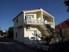 €73 Ubytovacie zariadenie Apartments Filma je vzdialené 150 metrov od pláže a ponúka klimatizované ubytovacie jednotky s bezplatným Wi-Fi pripojením na...