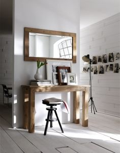 This Greenface Console Table from Nova Solo looks fantastic with the mirror above it seems to make the space seem bigger. This would be a great place for a laptop and /or the home organization center especially in a smaller home. Industrial Console Tables, Modern Console Tables, Hallway Furniture, Home Furniture, Furniture Online, Outdoor Furniture, Small Hallways, Decoration, Teak