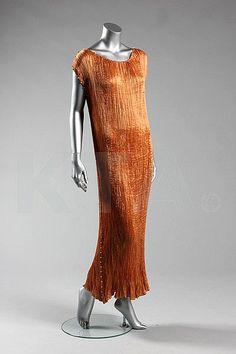 A Mariano Fortuny copper silk Delphos gown, circa 1920-30