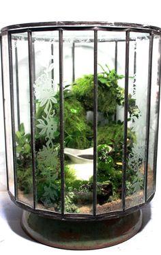 Brilliant and Creative DIY Nano Pond Garden Combination - Decomagz Terrariums, Moss Terrarium, Garden Terrarium, Terrarium Ideas, Indoor Pond, Outdoor Ponds, Outdoor Spaces, Air Plants, Indoor Plants