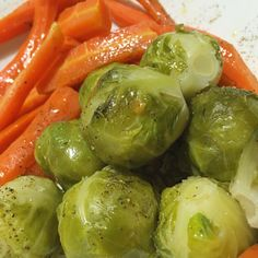 #Cavoletti di #Bruxelles ☺️ e tante belle #carote... tutto cotto a #vapore!!!  Seguiteci su www.ricettelastminute.com   #ricetta #ricette #ricettelastminute #food #foodie #foodgasm #foodpics #foodporn #foods #me #italy #italia #sicily #sicilia #catania #igers #igersicilia #igersitalia #igerscatania #picoftheday #photooftheday