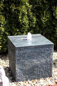 Nice Quellstein Sprudelstein Wasserspiel Naturstein Granit W rfel Gartenbrunnen Wasser im