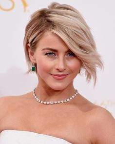 short hair style for dinner julianne hough pixie cuts and hair on 2896 | 319fdd42684af5c6396312abc2ce3112